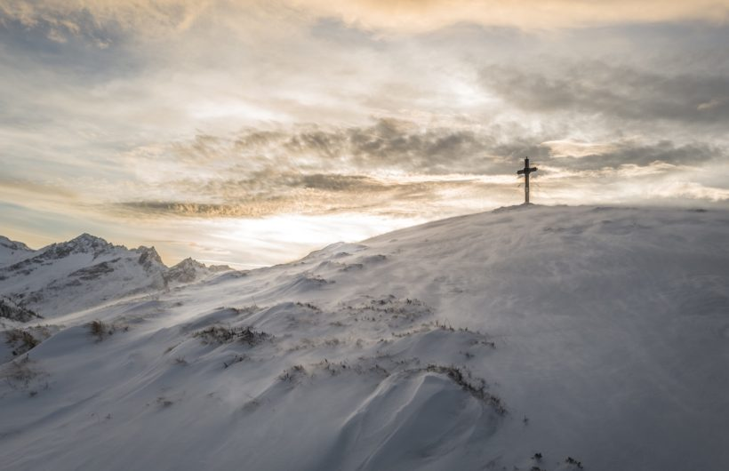 Cross In the Snow