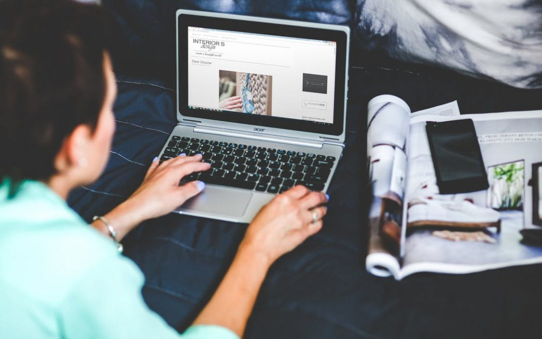 """Successful Bloggers are More than """"Just"""" Bloggers"""