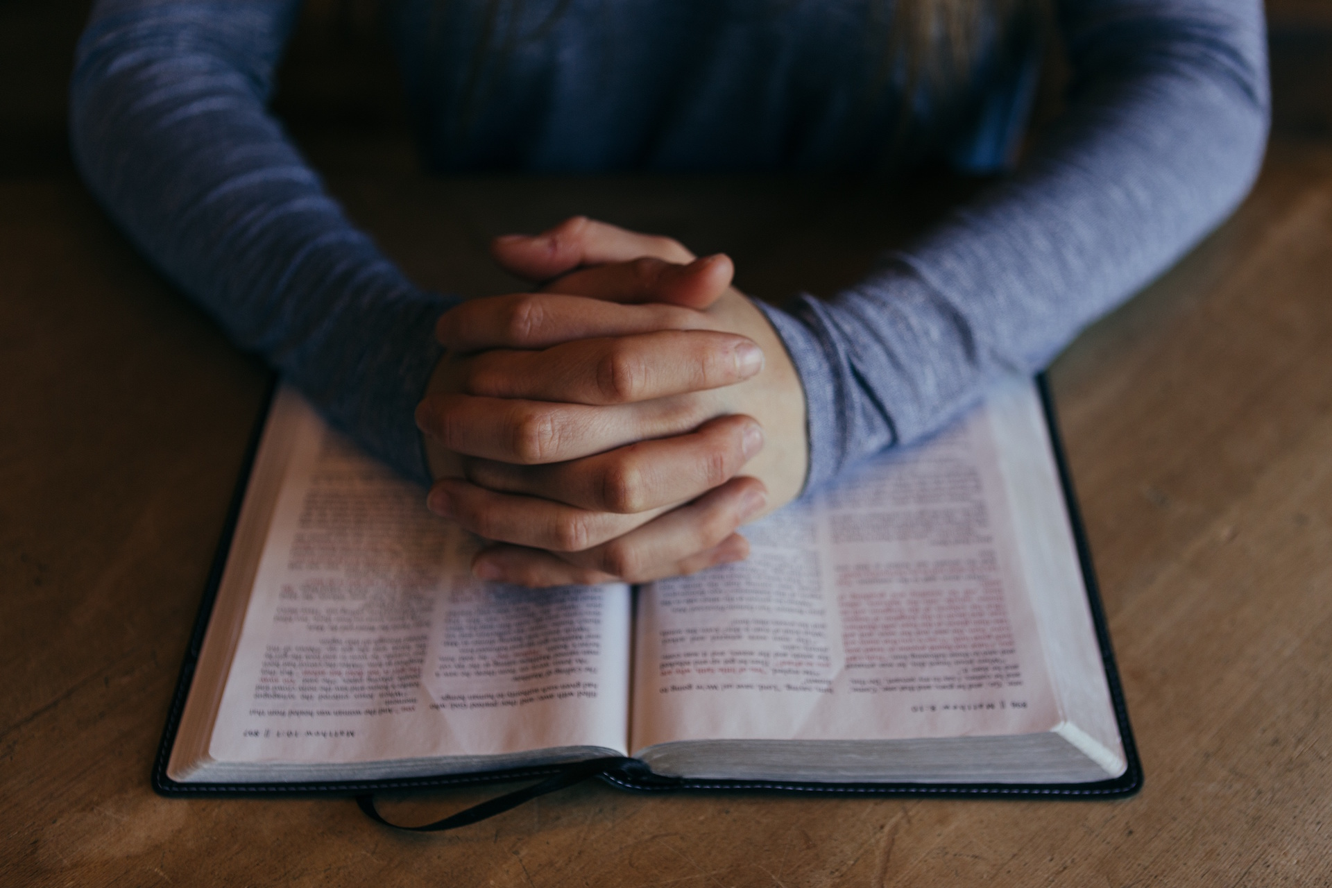 9 Breakthrough Prayers to Pray for the Local Church